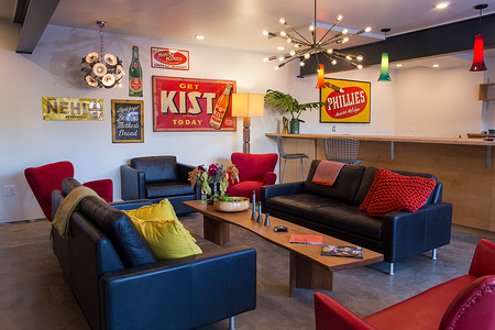 Astro Motel Lounge
